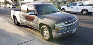 2002 chevy Silverado trade 5.3 lt for Sale in Ontario, CA