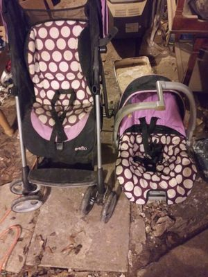 Evenflo stroller and car seat for Sale in Gladewater, TX