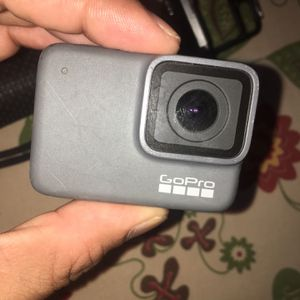 GoPro 7 Silver for Sale in The Bronx, NY