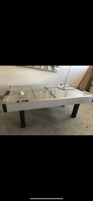 Air hockey table for Sale in NM, US
