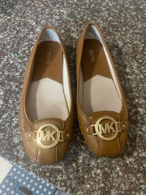 Women's Michael kors flat shoes size 8.5 for Sale in North Miami Beach, FL