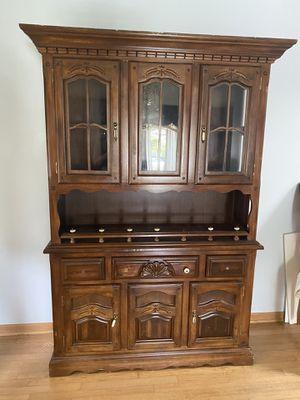 Antique China Cabinet for Sale in Oak Lawn, IL