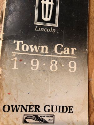 1989 Lincoln Town Car title in hand ready to start your restoration for Sale in Stuttgart, KS