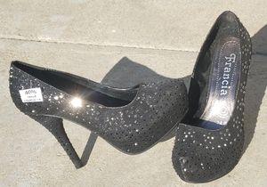 New black rhinestones heels size 7 for Sale in Monrovia, CA