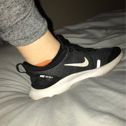 Nike flex experience eight periods black gray size 6.5 US for Sale in Alexandria,  TN