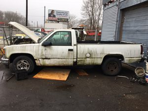 1995 Chevy Cheyenne 2500 (No Title) for parts for Sale in Gary, IN
