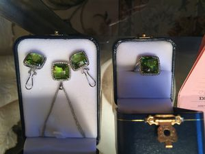 18kt White Gold & Diamond Peridot Pendent/Earrings/Ring for Sale in Bridgewater, MA