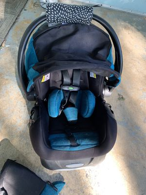 Car seat for Sale in Spring Lake Park, MN