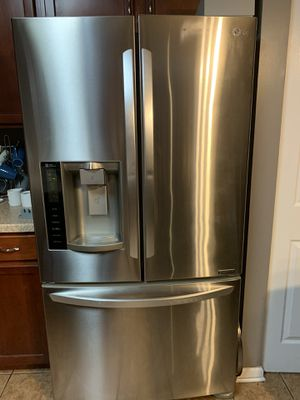 LG Refrigerator for Sale in Plainfield, IL