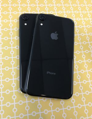 iPhone XR 64gb Unlocked Excellent Condition $519 each for Sale in Raleigh, NC