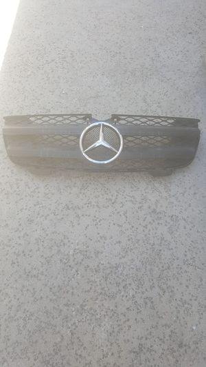 2008-2012 Mercedes-Benz GL450 parts for Sale in Glendale, CA