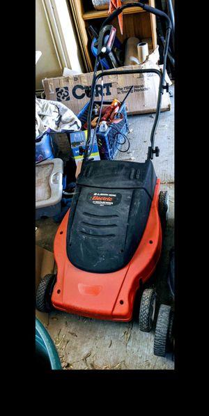 Black & Decker lawn hog electric mulching lawn mower for Sale in Las Vegas, NV