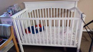 Baby crib for Sale in Heber-Overgaard, AZ