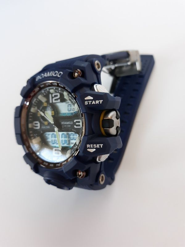Navy Mens Watch Water and Shock Resistant