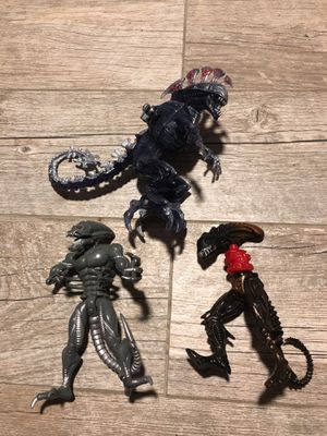 3 VINTAGE alien figure toy collectible for Sale in Dallas, TX