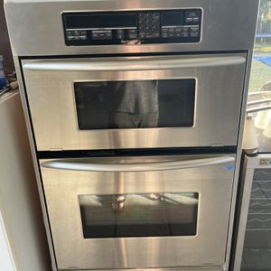 Wall Oven By Kitchenaid for Sale in Stuart, FL