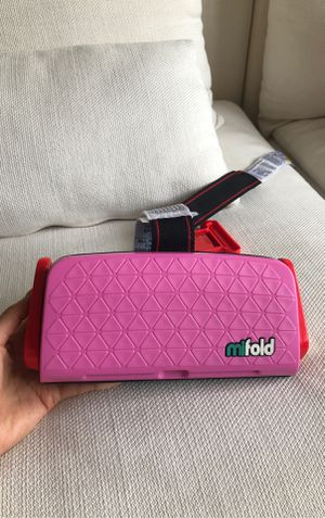 MiFold portable booster car seat for Sale in New York, NY