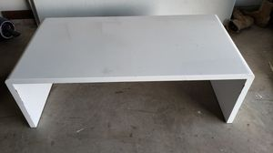 White coffee table for Sale in Fort Worth, TX