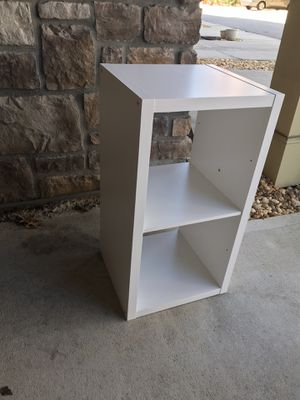 White wooden shelf, storage organizer for Sale in Chamblee, GA