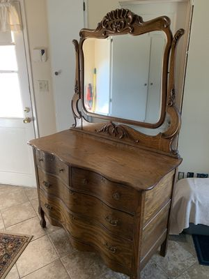 Antique dresser with mirror for Sale in San Dimas, CA