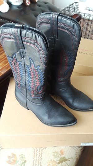 Coconuts Matisse black boots size 7 1/2 for Sale in El Paso, TX