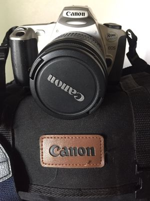 Canon Rebel 2000 35mm film camera, case, and film for Sale in Honolulu, HI