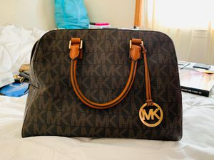 Michael Kors Bag for Sale in Staten Island, NY