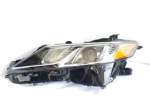 2018 2019 Toyota Camry Headlight LED Left Driver Side OEM for Sale in Ontario, CA