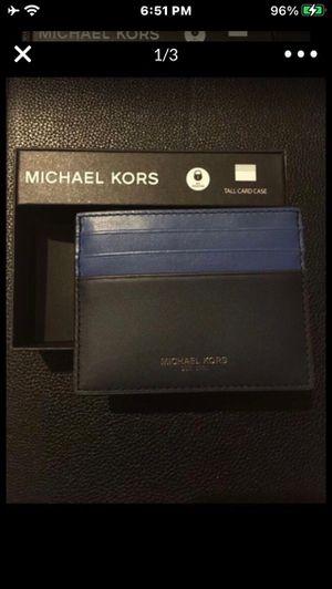 Brand new Michael Kors men's wallet for Sale in Downey, CA