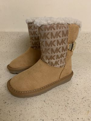 Michael Kors Boots little Girl size 9. for Sale in Gaithersburg, MD