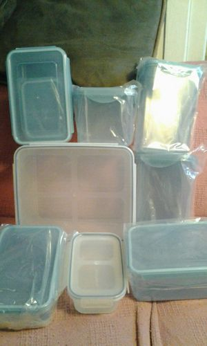 Estate sale 28 piece food storage containers some used some not for Sale in Los Angeles, CA