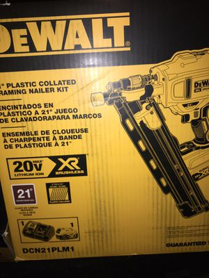 21 degree framing nailer for Sale in Seat Pleasant, MD