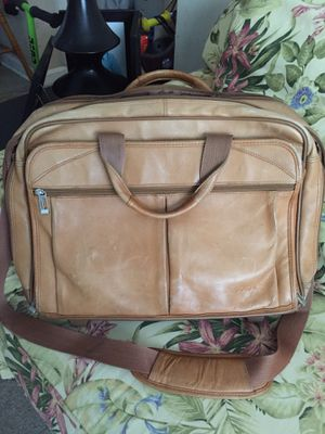 Solo leather rolling briefcase & laptop bag. for Sale in Greenwood, DE
