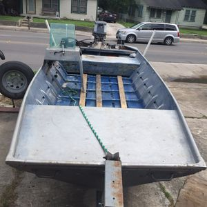1992 aluminum boat 17pies 40 Yamaha motor...2500 for Sale in San Antonio, TX