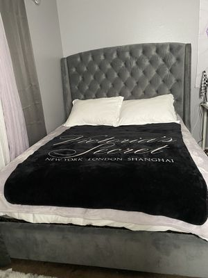 Queen Size Bed Frame with Mattress and Box Spring for Sale in Escondido, CA