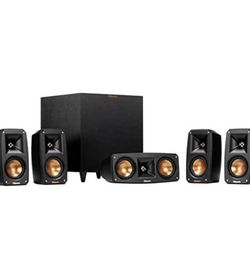 Klipsch Reference Theater Pack 5.1 Channel Surround Sound System for Sale in Chicago,  IL