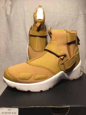 Air Jordan Trunner LX High-$90-Mens Sz10-NEW IN ORIGINAL BOX for Sale in Chicago, IL