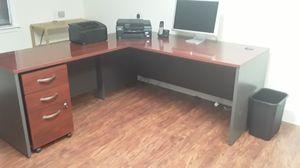 Bush Component Series Desk for Sale in Gig Harbor, WA