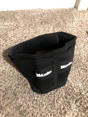 Mueller Back brace and support - lumbar spine for Sale in Fresno, CA