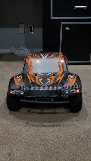 1/8 Scale King Motor Explorer 2 4WD Trophy Truck for Sale in Los Angeles, CA