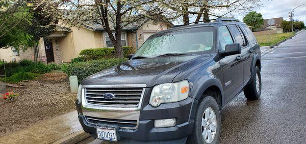 2007 Ford Explorer needs transmission
