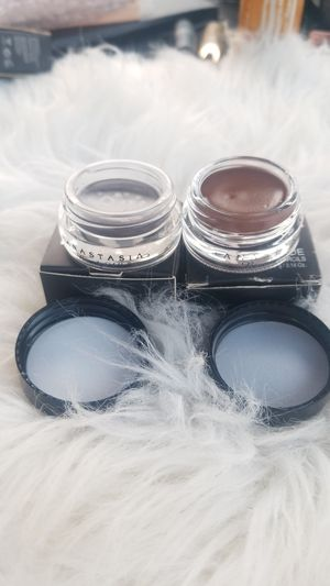 Anastasia beverly Hills dipbrow pomade for Sale in Irwindale, CA