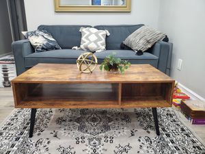 Mid Century Modern Style Coffee Table for Sale in Queens, NY