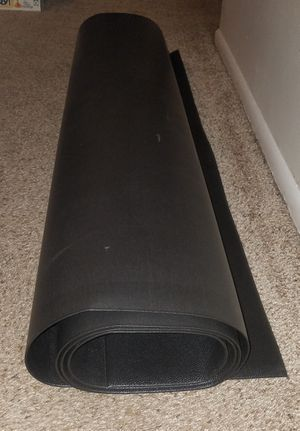 Extra Large Workout heavy duty vinyl black gym mat. 8 foot long x 4 feet wide for Sale in Deerfield Beach, FL