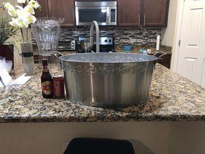 Service Bar Beverage, Tip/Beer Bucket, Large Stainless Steel Beverage Tub, Bucket Cooler for Sale in Herndon, VA
