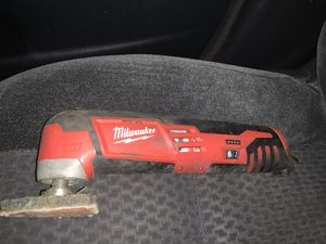MILWAUKEE M12 MULTI TOOL for Sale in Portland, OR