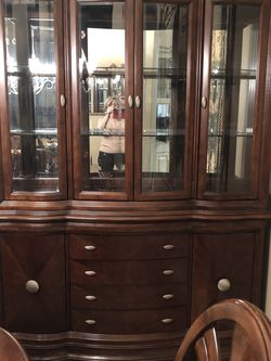 China cabinet/buffet, dining room table with six chairs and two Extension leafs for Sale in Fresno,  CA