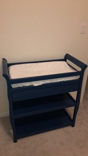 Baby changing table for Sale in Wylie, TX