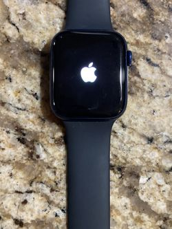 Apple Watch Series 6 (44MM) for Sale in El Paso,  TX