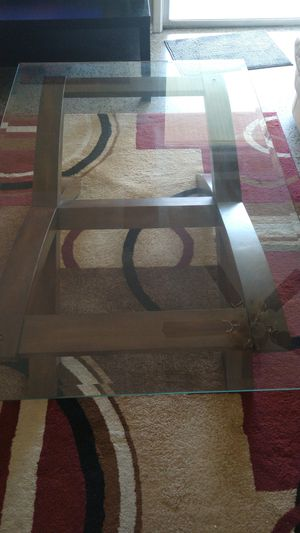 End table and center table for Sale in Orlando, FL